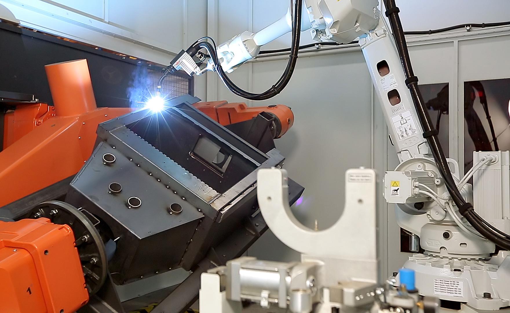 Wyposażony wnowoczesny park maszynowy zakład produkcyjny firmy Kratki.pl we Wsoli pod Radomiem pozwala produkować ponad 65tysięcy urządzeń rocznie